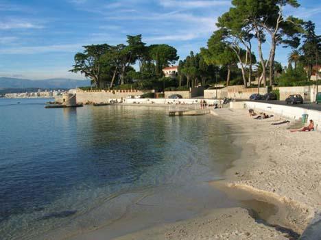 пляж  Антиб