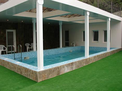 жилье с бассейном в крыму