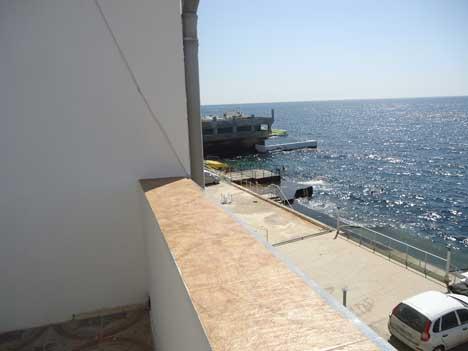 жилье у моря алупка