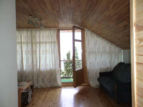 алупка частный отдых с балконом